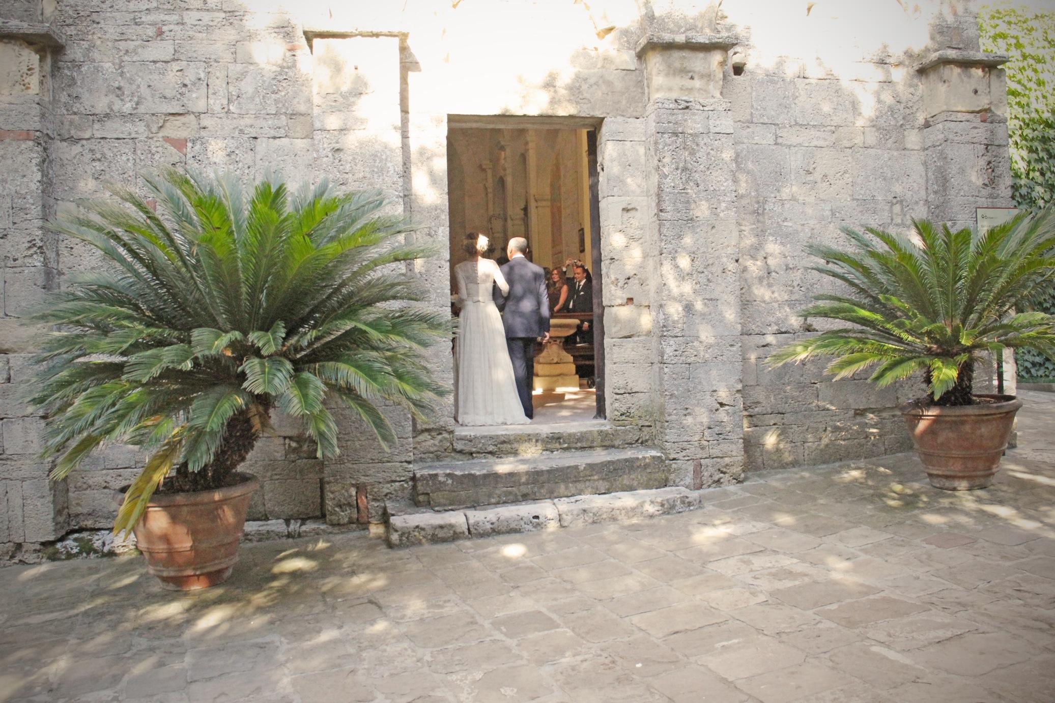 badia-entrata-chiesa