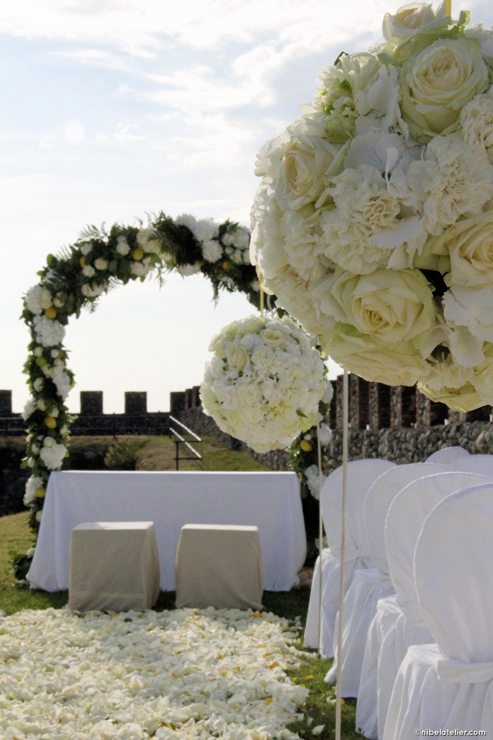 arco-fiori-cerimonia-civile
