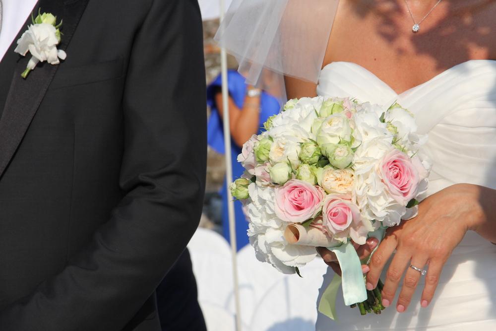 bouquet-rosa-bianco-rocca di lonato