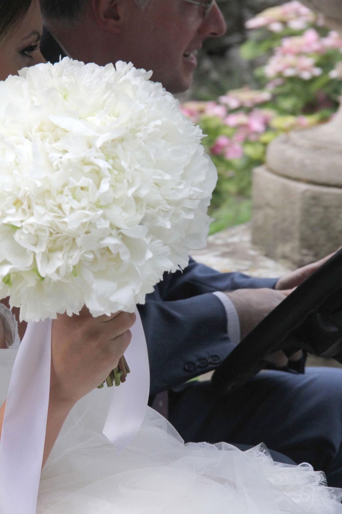 bridal-bouquet-peony-sirmione-villa-cortine