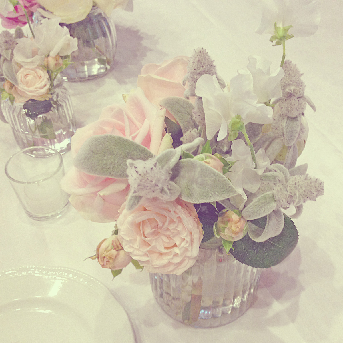 08-wedding-lake-garda-centerpieces-grey-mint-blush-pink