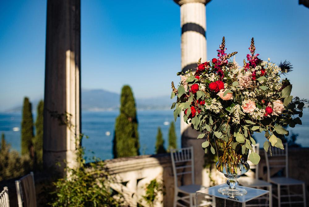 01-floral-decorations_villa-cortine-sirmione-wedding