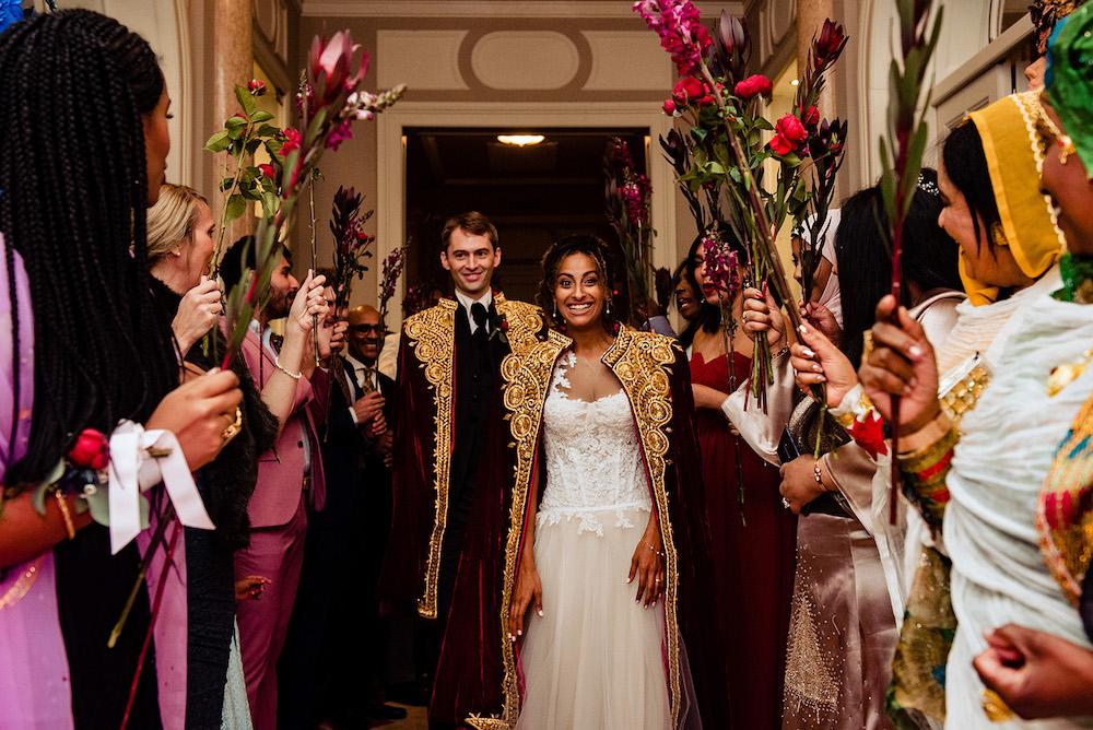 18-floral-decorations_villa-cortine-sirmione-wedding-ethiopian-ceremony