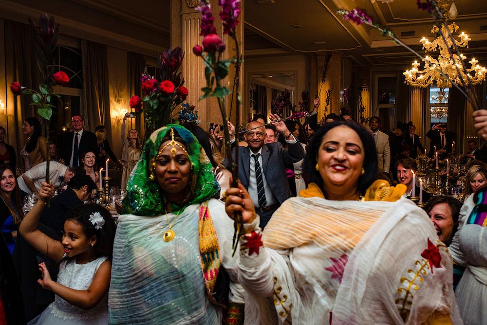 19-floral-decorations_villa-cortine-sirmione-wedding-ethiopian-ceremony