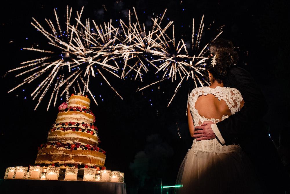 21-floral-decorations_villa-cortine-sirmione-wedding-fireworks-lake-garda