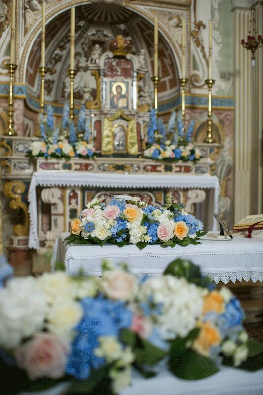 addobbi-floreali-chiesa-altare-nibel-atelier